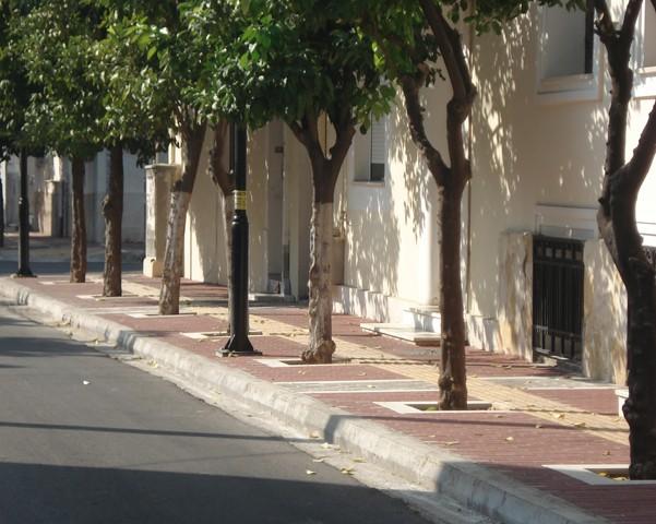 Κατασκευή και βελτίωση οδών περιοχής Εσταυρομένου